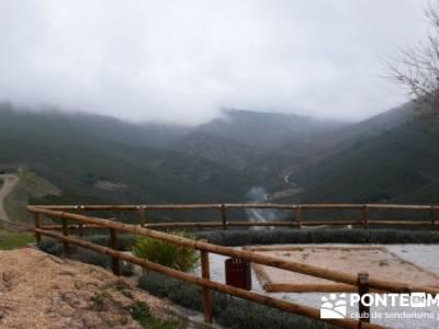 Travesía de senderismo desde El Atazar a Patones - El Atazar; empresas de senderismo
